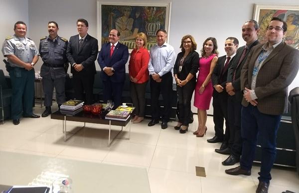 Famem irá intermediar encontro entre prefeitos e MP para tratar de transporte escolar.