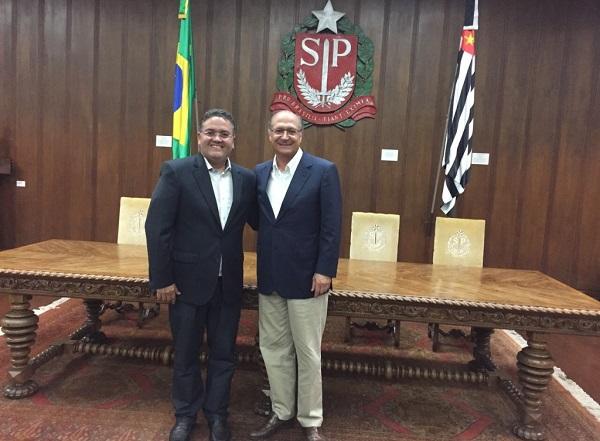ROBERTO ROCHA REÚNE-SE COM GERALDO ALCKMIN E PROPÕE PARCERIAS ENTRE MARANHÃO E SÃO PAULO.