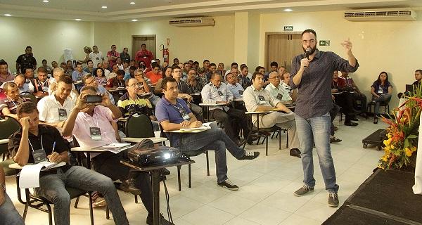 PALESTRA NO SEMINÁRIO RÁDIOS COMUNITÁRIAS.