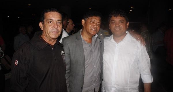 STÊNIO JHONNY, BETINHO E MÁRCIO JERRY.