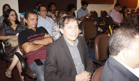 SUPLENTE DE SENADOR PAULO MATOS.