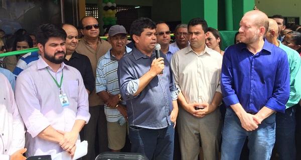 Secretário de Comunicação e Assuntos Políticos, Márcio Jerry, e presidente da Caema, Davi Telles, anunciaram obras de saneamento e infraestrutura em Barra do Corda.