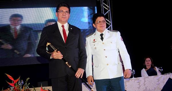 Secretário de Estado da Segurança Pública Jefferson Portela e o comandante geral do Corpo de Bombeiros, coronel Célio Roberto.