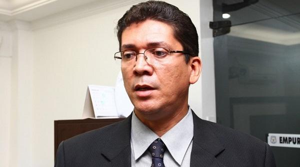 Secretário estadual de segurança, Jefferson Portela.