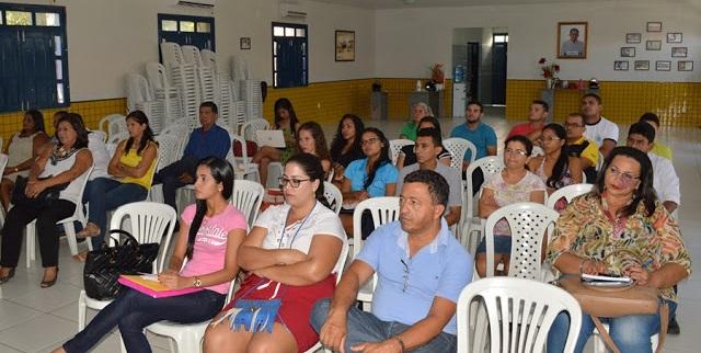 Criação do Fórum Municipal de Educação é discutido em Paulino Neves-MA.