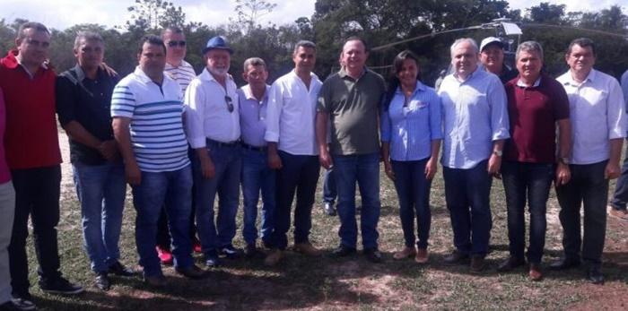 Presidente do Conleste, Sidrack Feitosa, participa de entrega de cisternas em Cachoeira Grande.