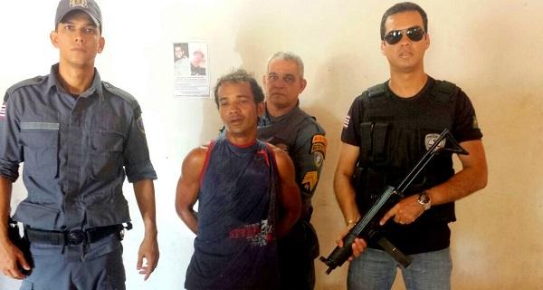 Suspeito preso pela policia Edson Vitor Dias.