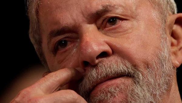 Em decisão unânime, tribunal condena Lula em segunda instância e aumenta pena de 9 para 12 anos.