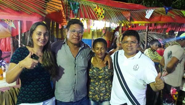 VEREADOR JULIO GALVÃO SUA ESPOSA DAMIIANA, GEORGE LUÍS E DONA SILVIA.