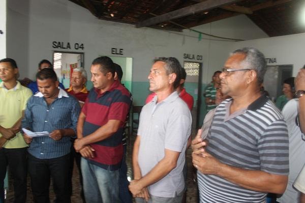 VEREADORES E ASSESSORES PRESENTES