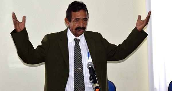 Vereador Zé Leão na Sessão Plenária da Câmara Municipal de Grajaú.