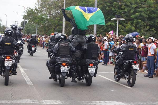 Polícia Militar participa do desfile do dia da Independência.