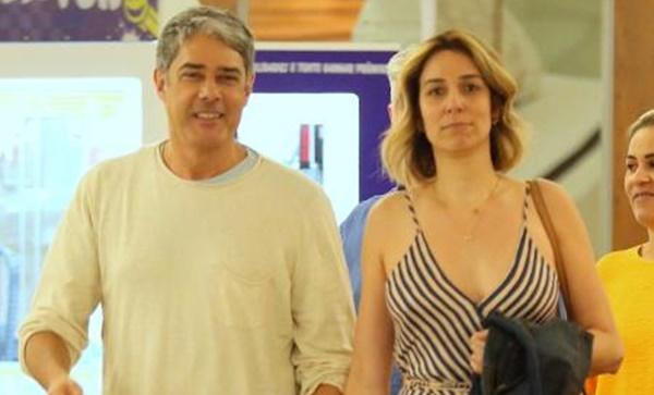 Bonner e Natasha Dantas se casam em cerimônia íntima; nora pega buquê.