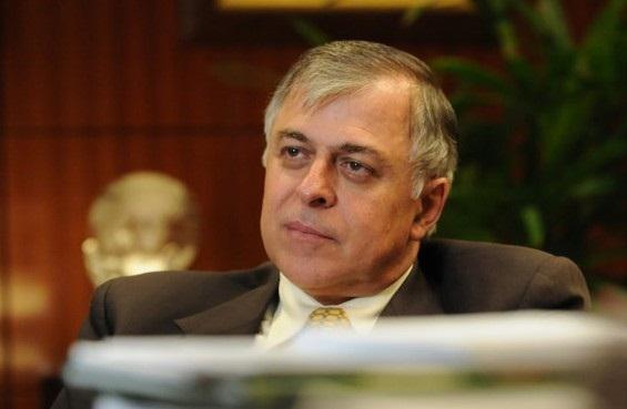ex-diretor de Refino e Abastecimento da Petrobrás Paulo Roberto Costa.