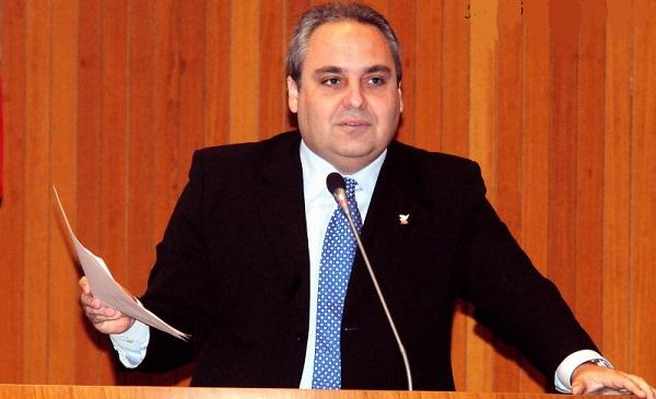 MARCELO TAVARES DENUNCIA LICITAÇÃO ABUSIVA E PEDE CONVOCAÇÃO DE SECRETÁRIO DA SEJAP.