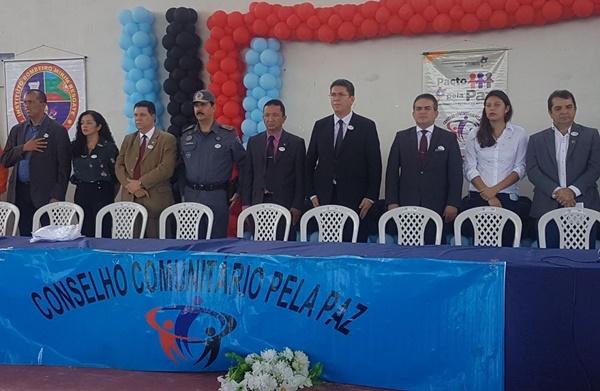 Secretário de Segurança, Jefferson Portela, empossa 75 Conselheiros Comunitários pela Paz.