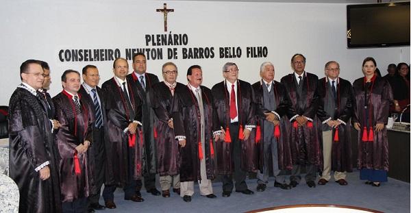 ELEIÇÃO PARA PRESIDÊNCIA DO TCE-MA SERÁ DIA 17, PAVÃO É FAVORITO.