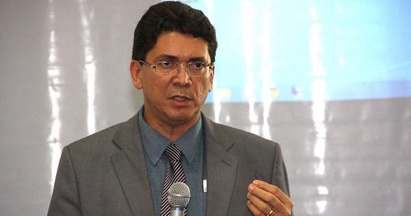 SECRETARIO DE SEGURANÇA JEFFERSON PORTELA.